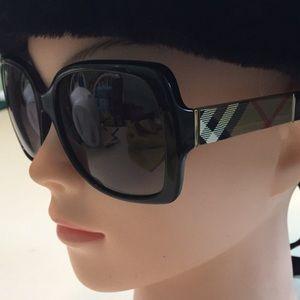 Burberry Sunglasses   Polarized